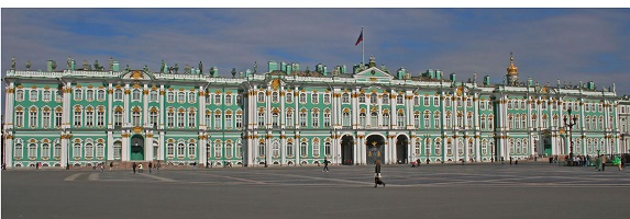 2455941_Winter_Palace_SPB_from_Palace_Square